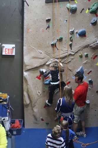 Macy climb2