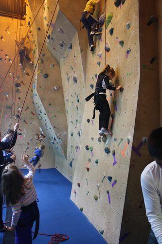 Macy climb1